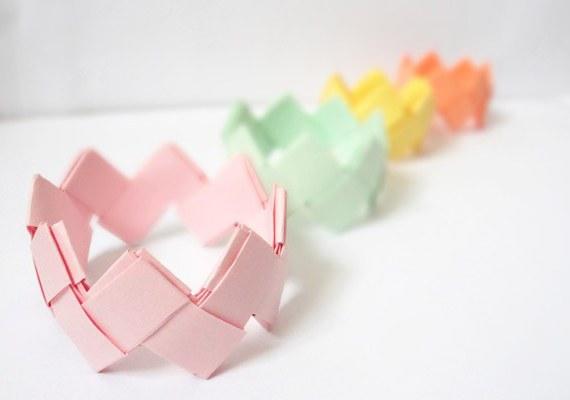 как сделать браслет из бумаги для начинающих