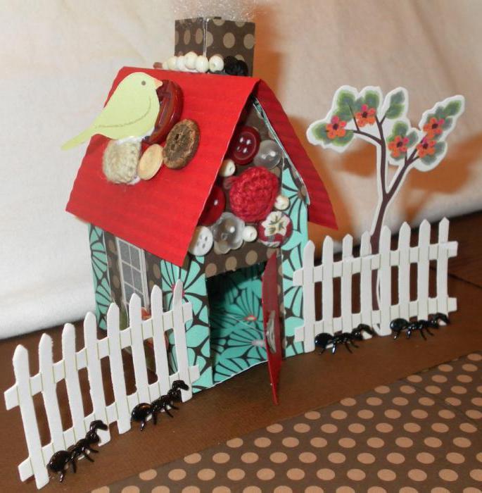 поделка домик из бумажных трубочек