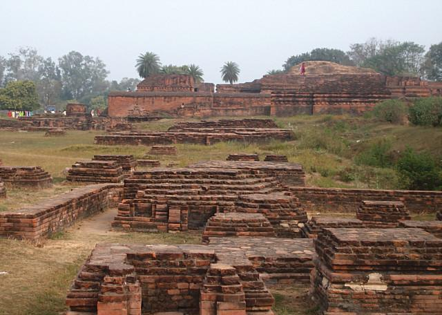 ancient indian architecture essay A tangible proof of the creative genius and industry of this ancient land  evolution of indian architecture was generally affected by many great and important.