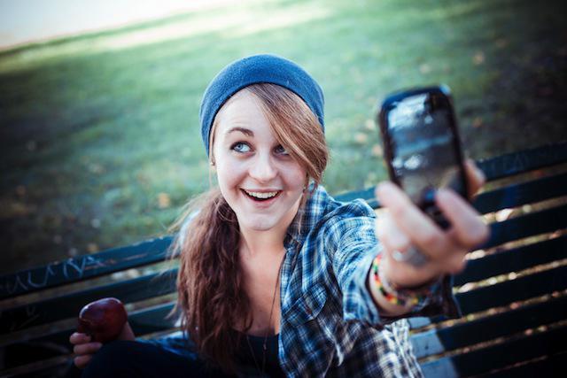 Как красиво сфотографировать саму себя: лучшие позы