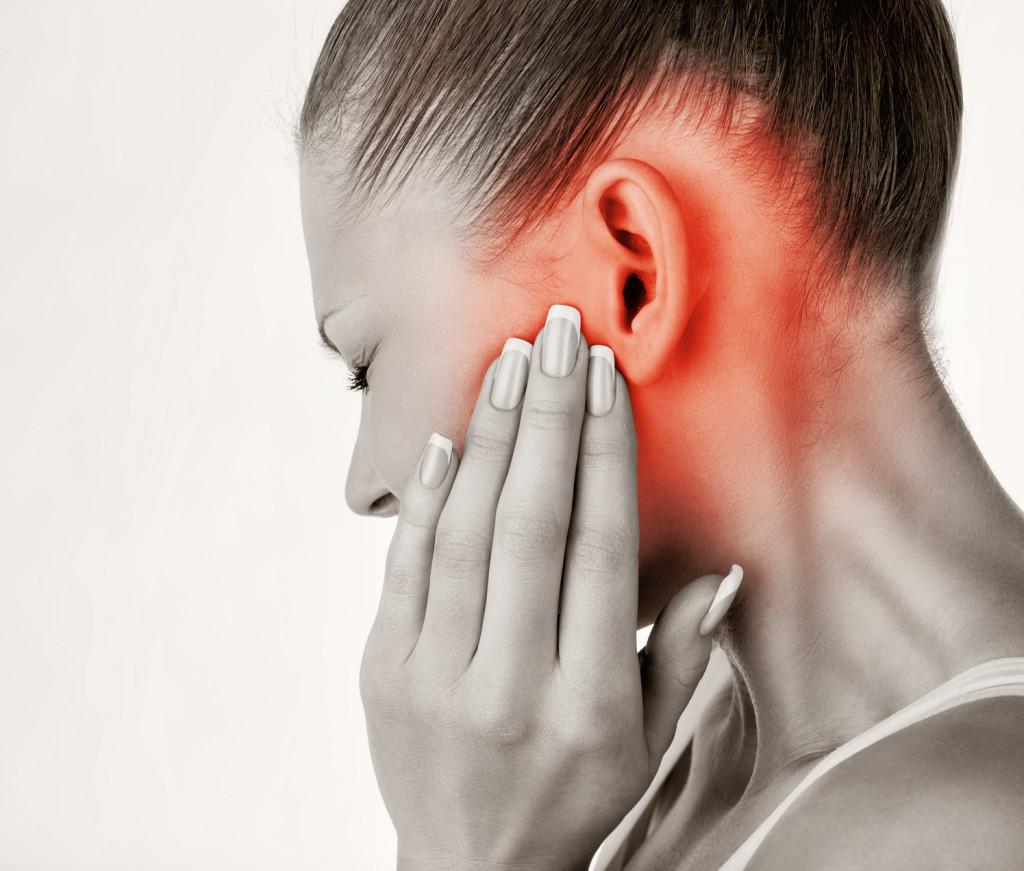 при боли в ушах
