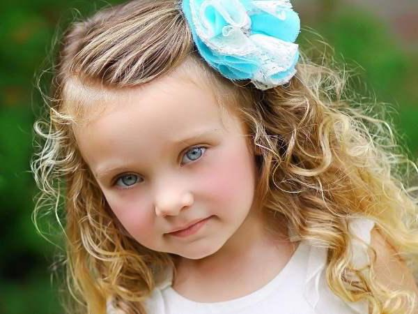 красивые прически на длинные волосы для детей