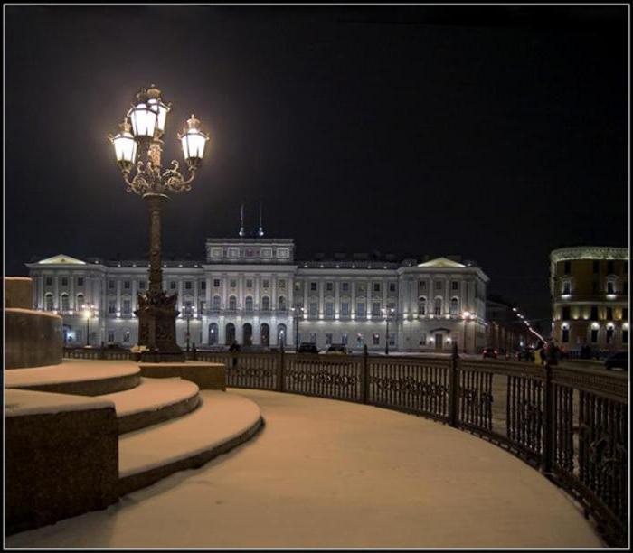 ночные экскурсии по санкт петербургу