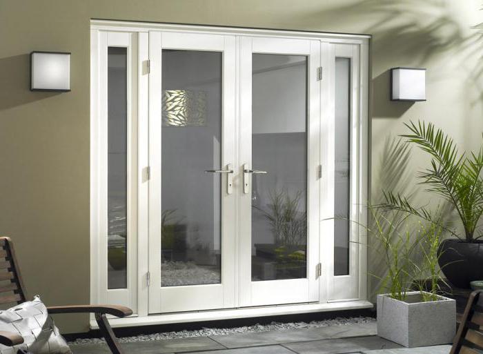 железные двери для деревянного дома