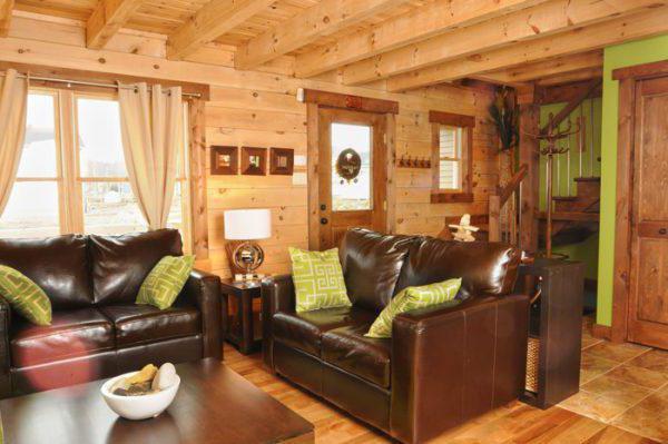 двери для деревянного дома входные