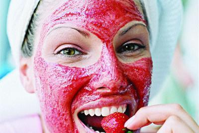 В чем польза клубники для лица, рецепты масок