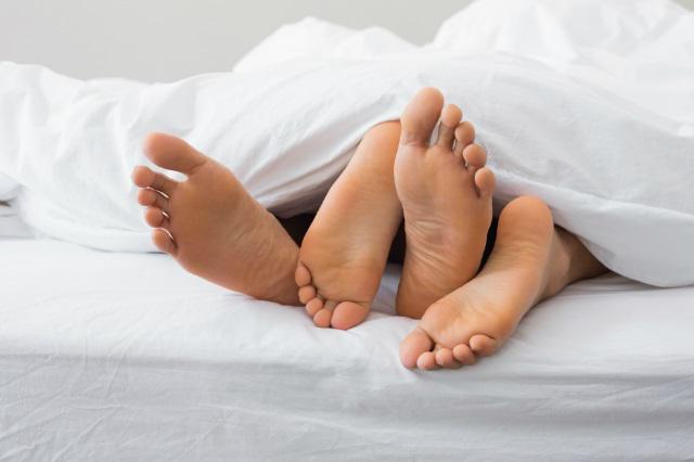Коленно-локтевая поза в сексе