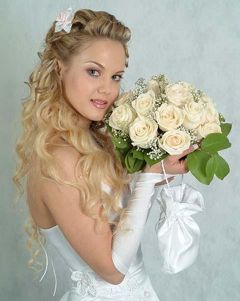 прически на длинные волосы на свадьбу
