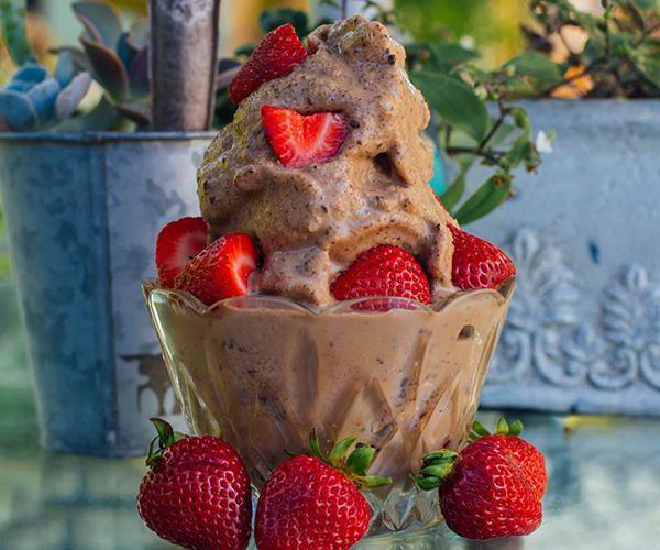 когда и где было придумано мороженое пломбир