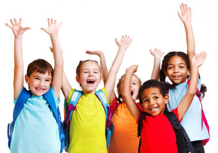 Resultado de imagen de imagen de niños entrando al cole
