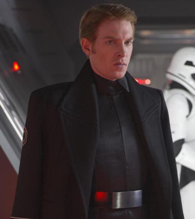 Актер из звездных войн пробуждение силы сериалы о старшей школе