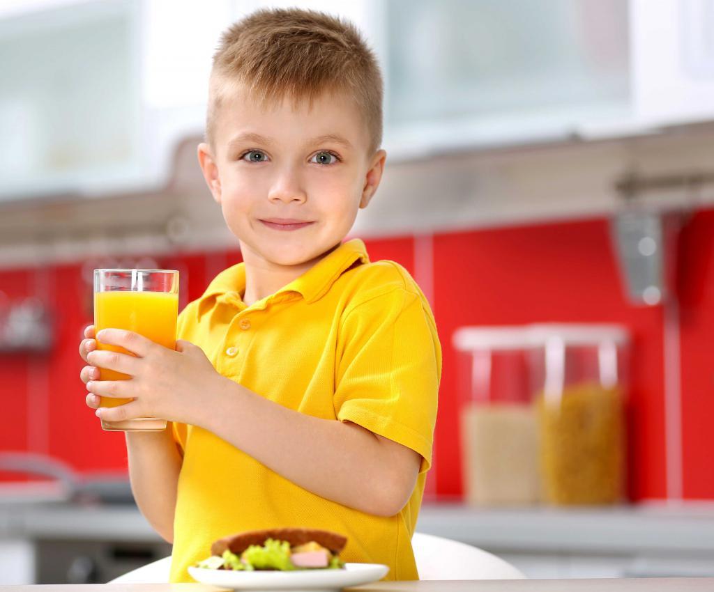 Полезный для ребенка сок