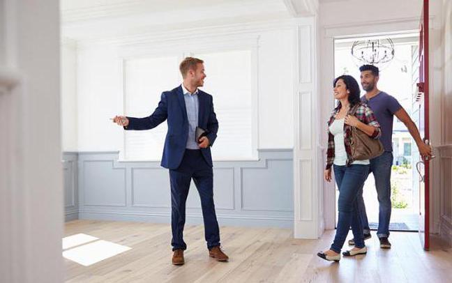 когда лучше продавать квартиру
