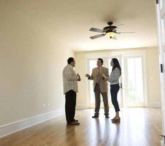 в какое время лучше продавать квартиру