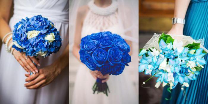 Белое платье и синий букет