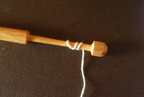 плетение кружева на коклюшках для начинающих