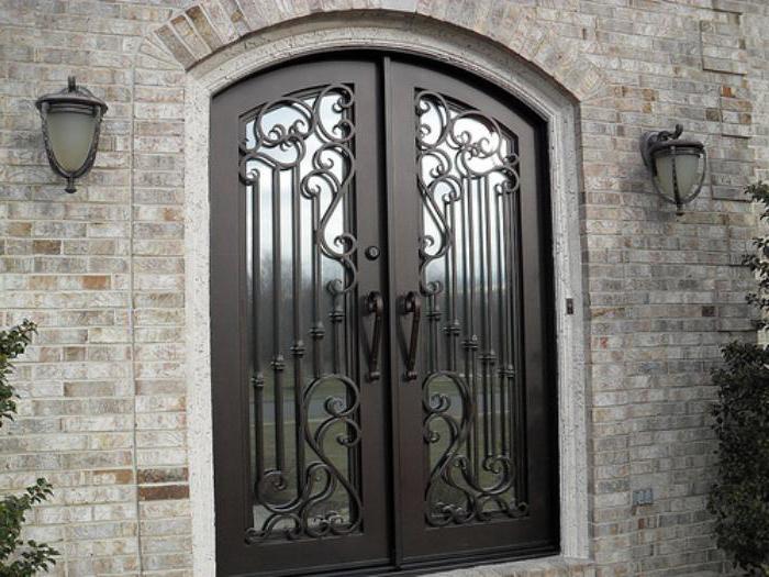 Изготовление металлических дверей по индивидуальным размерам
