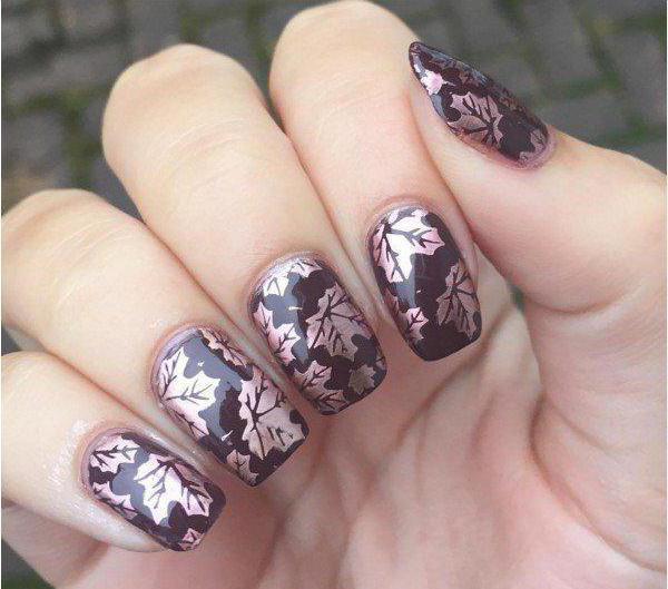 маникюр в коричневых тонах на короткие ногти