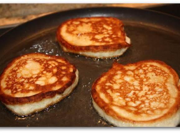 lush pancakes with banana