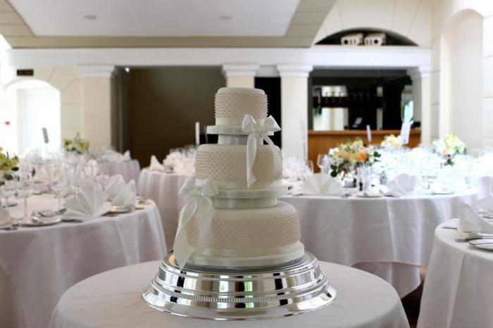 Торт на жемчужную свадьбу: идеи оформления
