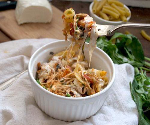 макароны со свининой в духовке