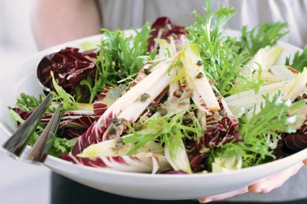 листья салата польза и вред