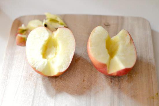 розы из яблок в слоеном тесте рецепт