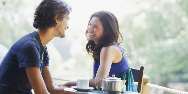 Женская привлекательность в глазах мужчин: основные признаки и рекомендации