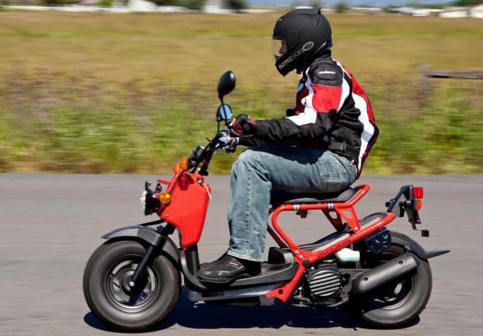 50-кубовые мотоциклы, скутеры: обзор, технические характеристики, нужны ли права