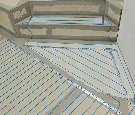 прокладка кабеля в стяжке пола