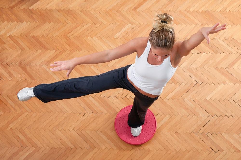 Упражнения для талии на диске здоровья