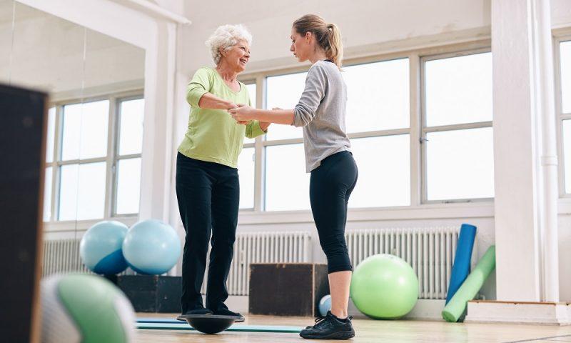 Упражнения для живота на диске здоровья