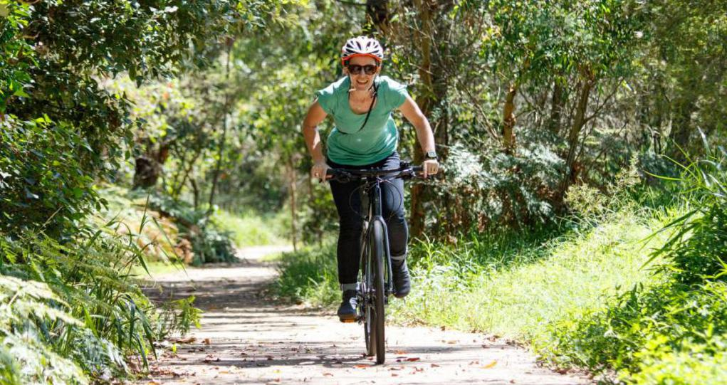 Езда на гибридном велосипеде