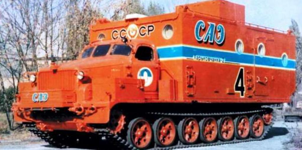 Тяжелые машины на базе артилерийского тягача АТ