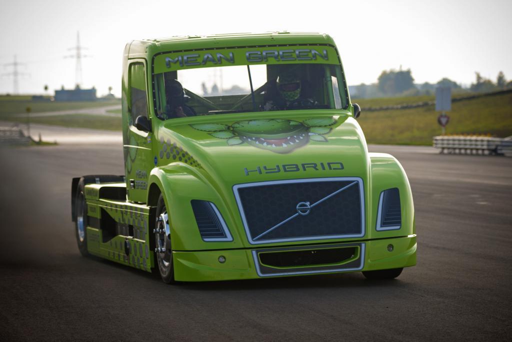 самый быстрый грузовик в мире volvo