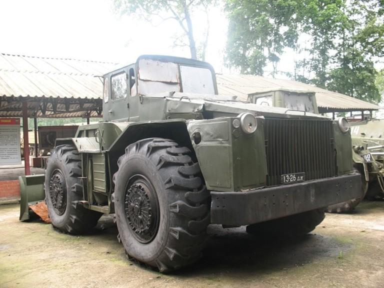 Машина МАЗ-538