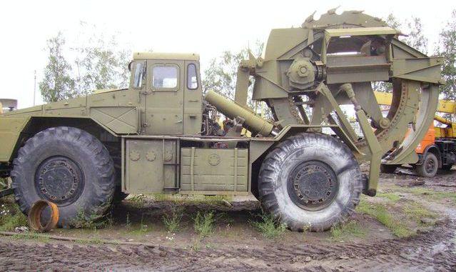 ТМК-2 на базе тягача МАЗ-538
