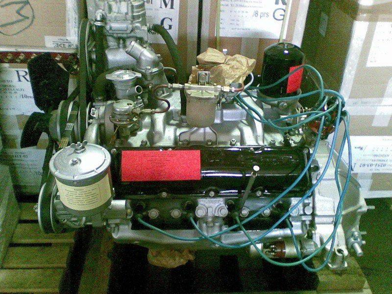 Двигатель ЗИЛ-130 с карбюратором