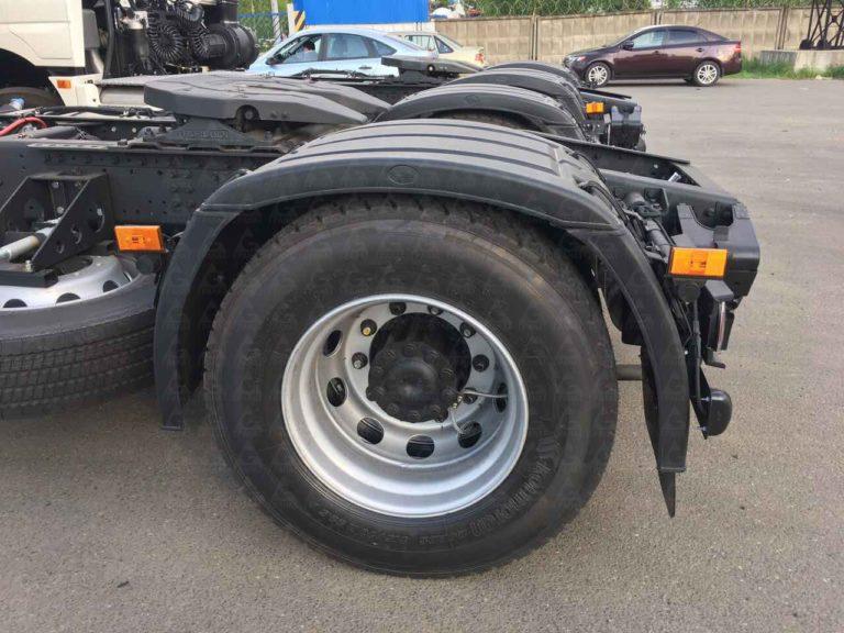 Колеса тягача КамАЗ-5490
