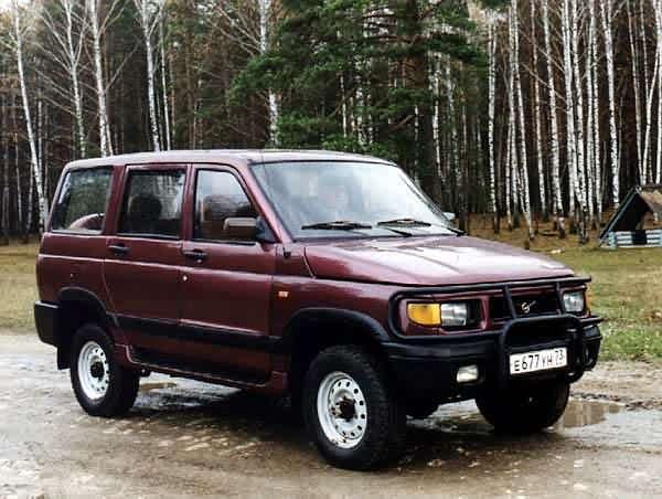Автомобиль УАЗ 3162