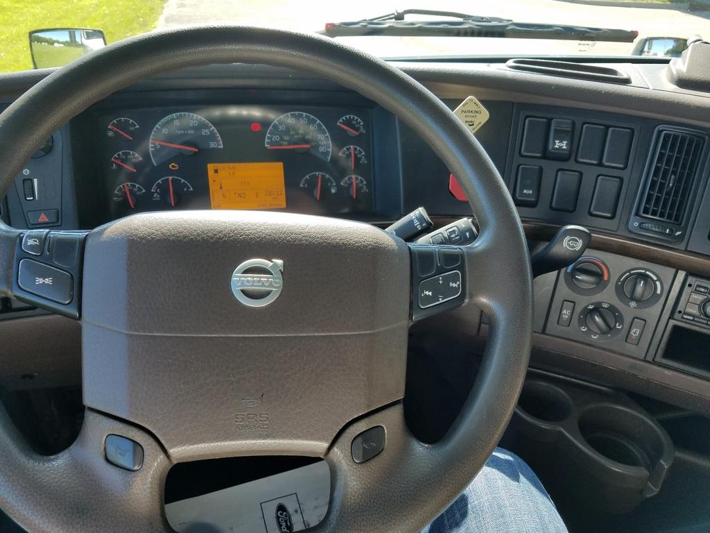 Управление Volvo VNL 670