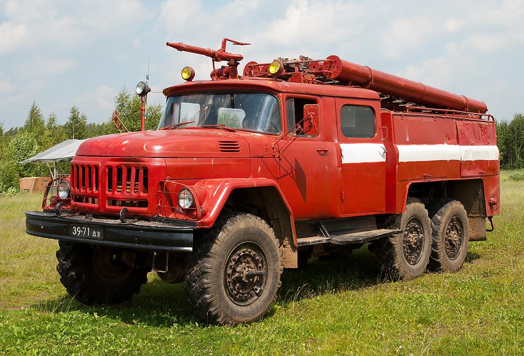 Пожарный автомобиль на базе ЗИЛ 131