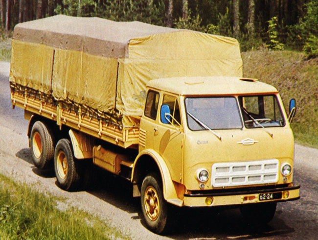 Автомобиль МАЗ 516