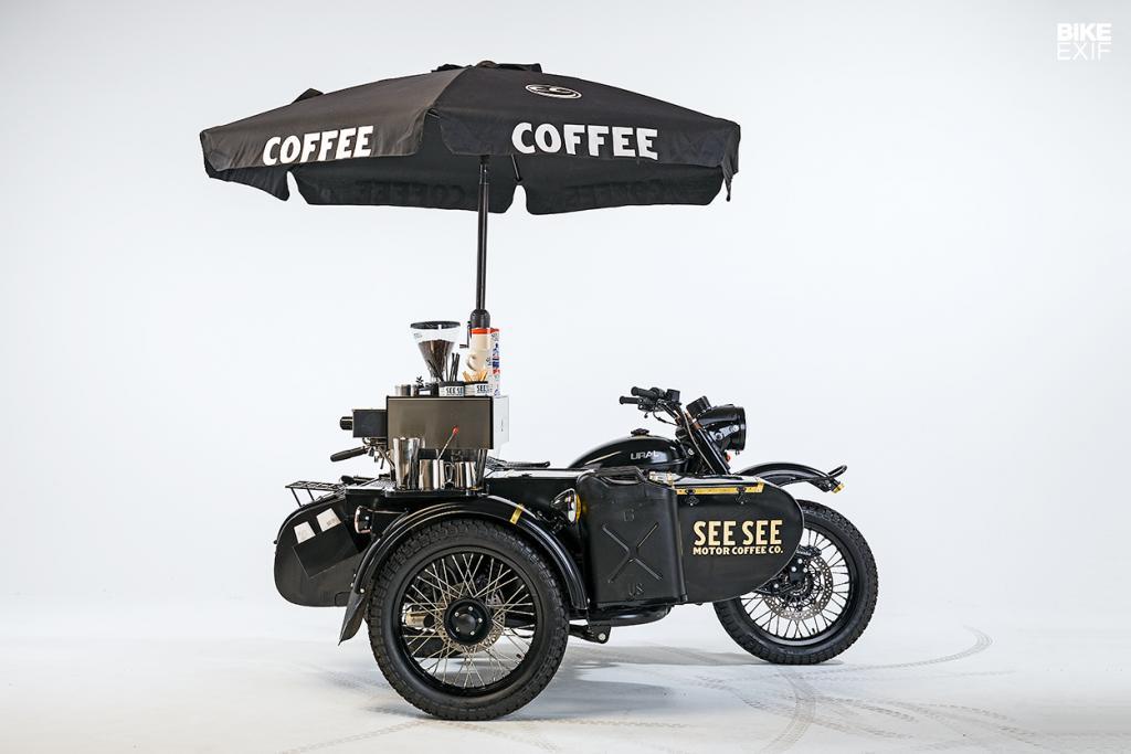 Кастомный мотоцикл с коляской