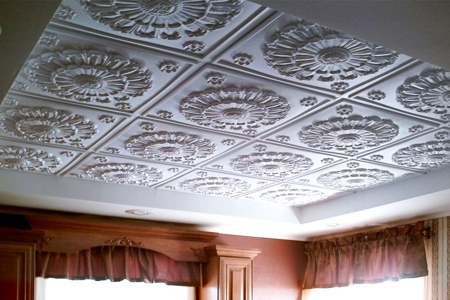 Photo of the adhesive ceiling