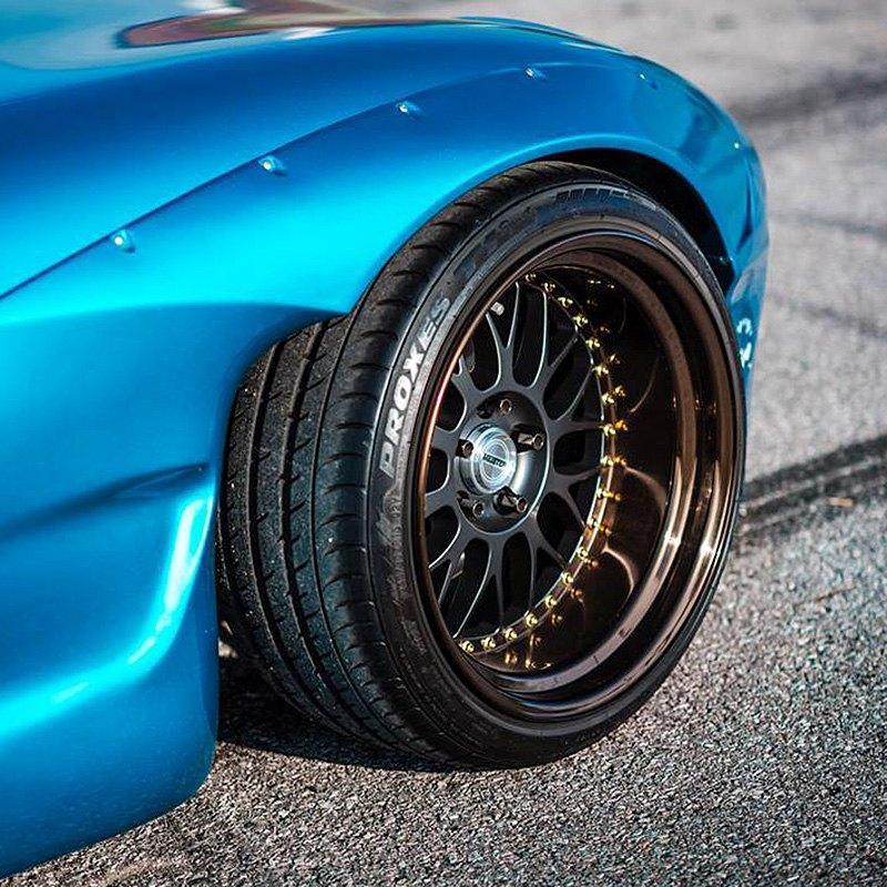 Эстетика Toyo Proxes T1 Sport