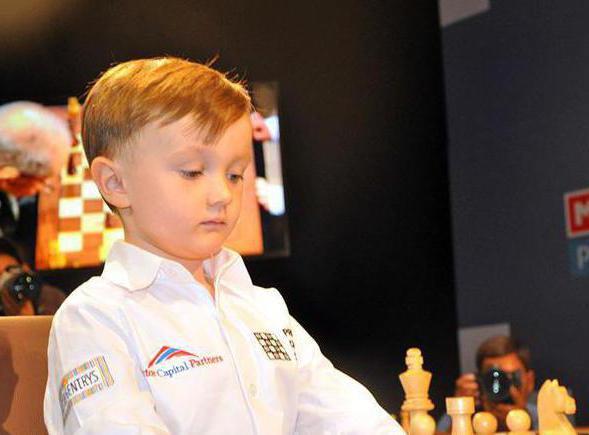 Михаил Осипов - маленький гений в игре в шахматы
