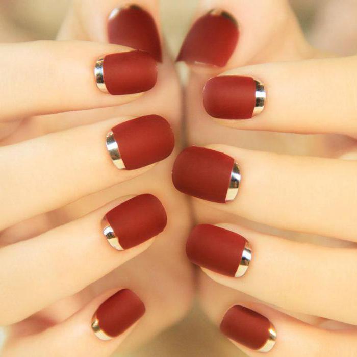 украшение ногтей блестками