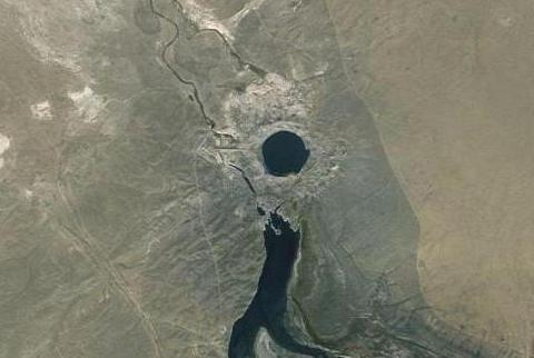 атомное озеро чаган