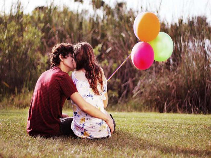 Извечная дилемма: на каком свидании целоваться с мужчиной?